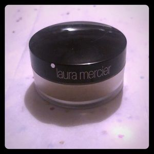 laura mercier Makeup - 3/$ 15 Laura Mercier  PowderTravel Translucent